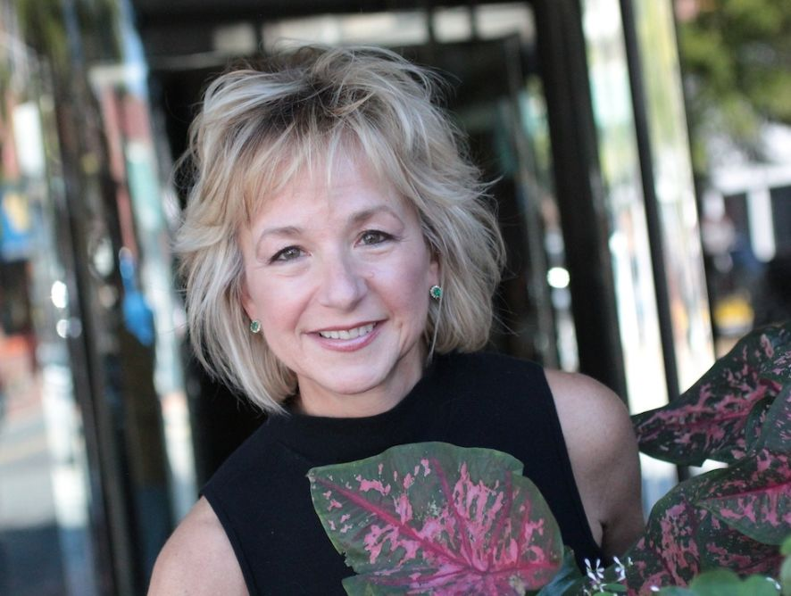 Cookbook Author: Leeann Lavin: A Blog Is Surely A Go-To Way To Recognition